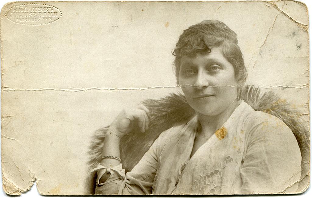 Возможно, жена Адама Зальцберга. 1929 год, возраст 43-44 года.